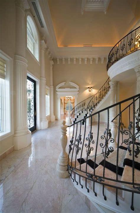 amazing Luxury Foyer Interior Design #1: b2048e7a72edf7571e70173b1cea6058.jpg