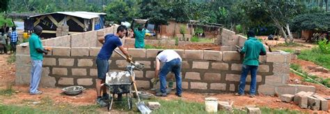 Volunteer Building Projects   Projects Abroad