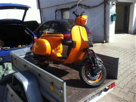 Motorrad Gabel Hoppelt by Wie Transportiert Eine Px Auf Einem Anh 228 Nger Vespa
