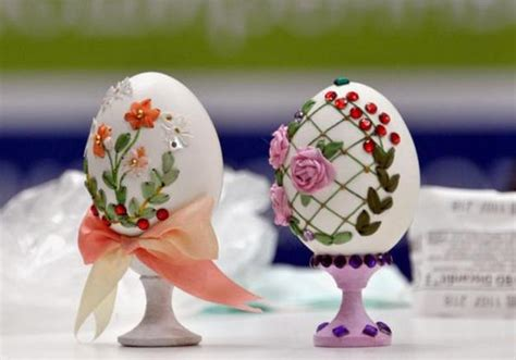 Easter Egg Decorating Ideas For Adults egg shell and flower ideas for eco friendly easter decorating