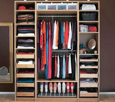 organizzazione armadio come pulire l armadio e organizzare al meglio il cambio