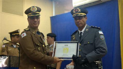 coronel eas noticias policias tenente coronel aleixo recebe comenda da pol 237 cia mineira
