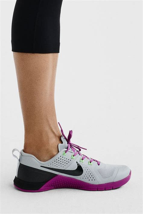 the 25 best ideas about nike shoes on
