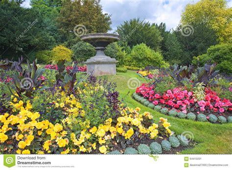 bathtub flower bed parade gardens in bath somerset england stock photo image 64415031