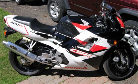 honda cbr 600 re 1993 honda cbr 600 f pics specs and information