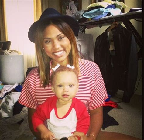 stephen curry new baby ayesha curry and her baby girl curry family pinterest