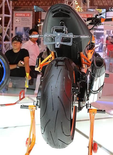 Knalpot Honda Cb 150 R Yoshimura R77 Sigle Exit ikber 5 karya modifikasi honda cb150r inspiratif
