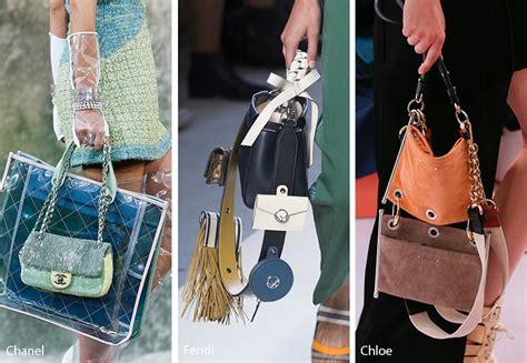 Guess Collection Rantai Ss bag yang memiliki tas lebih dari satu kini sedang