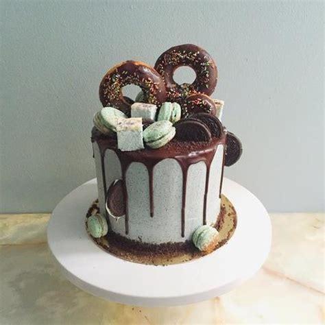 The Perfect Chocolate Ganache Drip Cake Recipe
