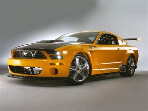 Ford Mustang GT vs. Chevrolet Camaro SS   Taringa!