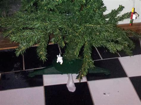 christmas tree repair plastimake