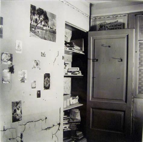 Frank S Closet Frank S Closet In Bedroom In The Secret Annex Frank Frank