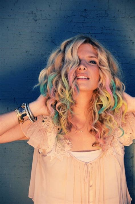 hair chalking a new look at diy hair color stylenoted 25 more cool projects for teens diy projects creative