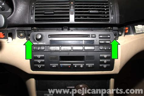 BMW E46 Radio CD Changer Replacement   BMW 325i (2001 2005