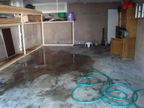 flooded basement cleanup maximum cleaning services
