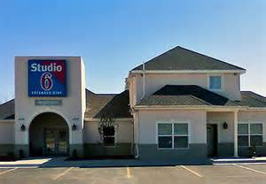 Studio 6 Tx 301 Moved Permanently