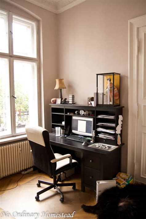 space saving home office desk ten space saving desks that work great in small living