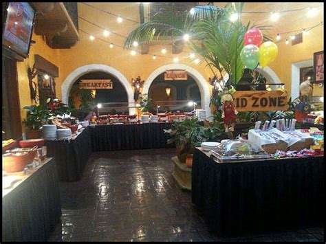 Very Large Sunday Brunch Buffet Area Tons Of Choices Sunday Brunch Buffet Los Angeles