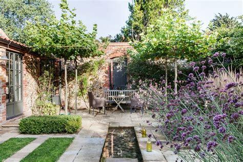 italian inspired water feature garden water features ideas designs houseandgarden co uk