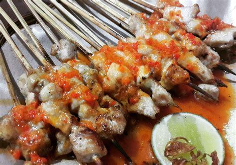 peringkat  restoran tempat makan sate taichan enak
