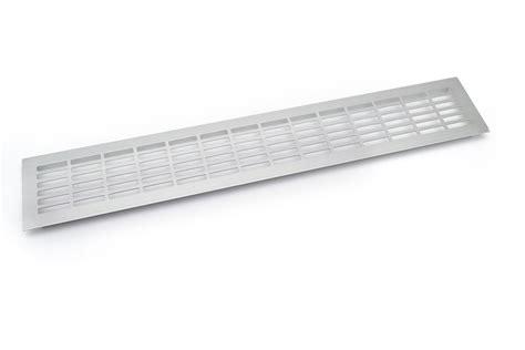 grille ventilation cuisine chrome bross 233 blanc plinthe cuisine grille ventilation