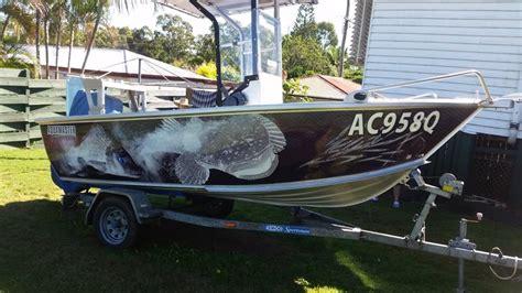 boat wraps australia bonza graphics australia gold coast signage design