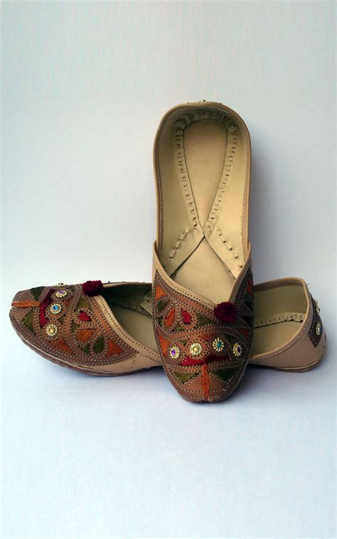 Wedding Shoes Usa by Designer Wedding Shoes Usa Chappal Designs