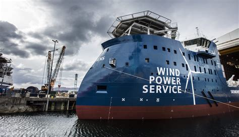 getting ready for d day power line ship photos of the day ulstein launches first x stern