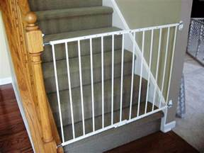 Gate For Top Of Stairs With Banister by Retractable Baby Gates For Stairs With Railings