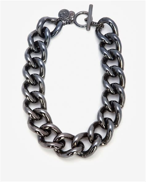 Smoky Gunmetal Adds Edge To A Chain Bracelet By Giles And Any From To Carpet Fashiontribes Fashion by Ben Amun Chain Link Necklace In Metallic Lyst
