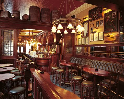 the old english pub visitcopenhagen britannia in brief week don t be a pillock in the pub do s and don t s of british pub