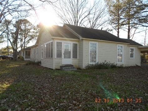 1403 n 3rd st west louisiana 71291 foreclosed