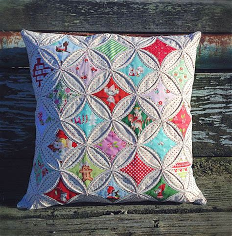 Patchwork Cathedral Window - lovely handmades cathedral windows pillow tutorial