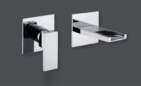 rubinetto a muro per lavabo rubinetto lavabo a muro collezione plp rubinetteria giulini