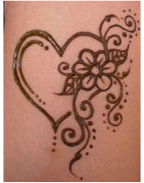 henna tattoo hand we heart it 17 best images about henna designs on eid