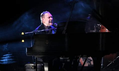 David Gray Finder Review Alison Krauss David Gray Find Serenity Now At Radio City Ny Daily News