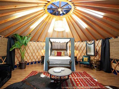 yurts hgtv riot for design hgtv design recap episode 8 the yurts