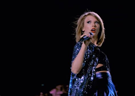 taylor swift december live music video taylor swift the 1989 world tour live