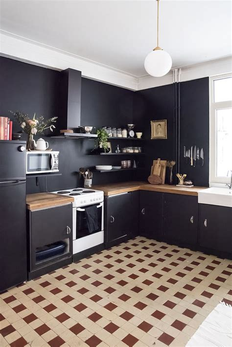 black kitchen walls best 25 black walls ideas on pinterest dark walls dark