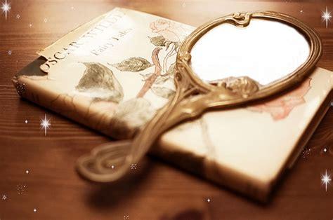 mirror picture book book tale mirror pretty reflect image
