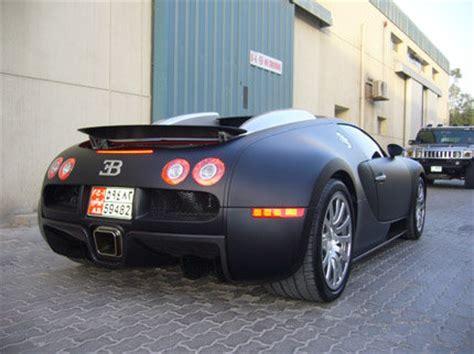 matte / flat black bugatti veyron in dubai (photos)   carzi