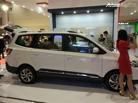 mobil s sisi sing wuling confero s