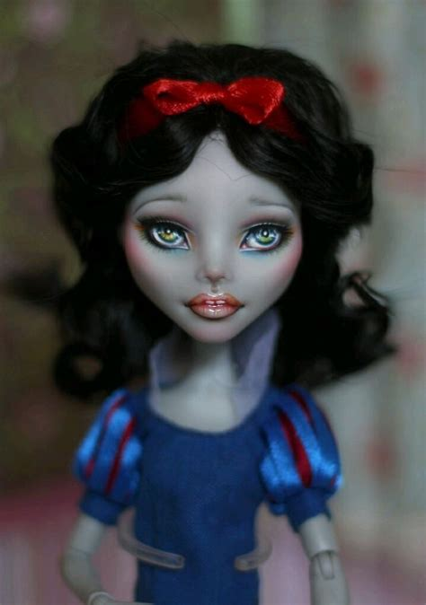 doll repaint 239 best custom ghoulia yelps dolls images on