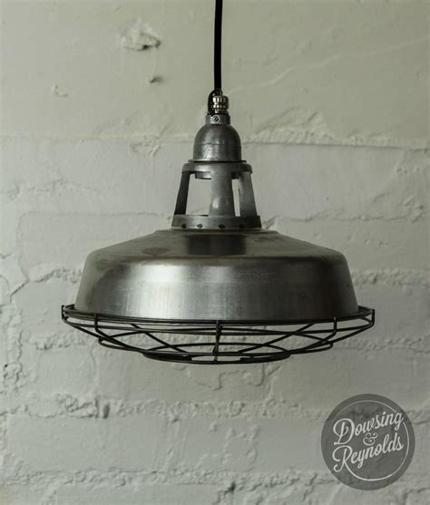 Luminaire Industriel Vintage by Luminaire Plafond Acier Brut Vintage Industriel Style
