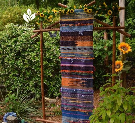 Backyard Yarn Weaving Color Central Gardener