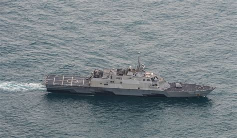 Fort Worth Search Dvids Images Uss Fort Worth Lcs 3 Supports Airasia Qz8501 Search Efforts Image