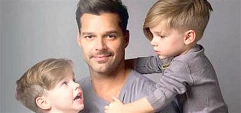 Lo que Ricky Martin responde a sus hijos al preguntar por ... Mama De Los Hijos De Ricky Martin
