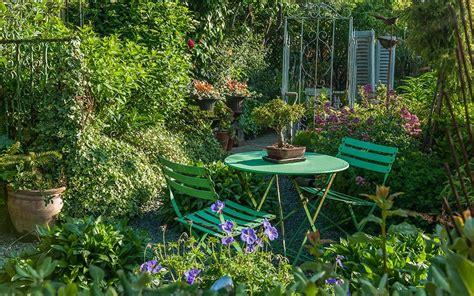 ways       small garden