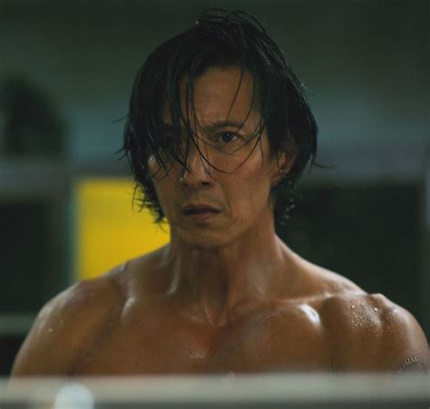 will yun lee hairstyle will yun lee anchors altered carbon as takeshi kovacs