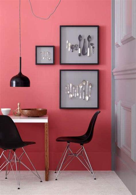 Farbige Wand Mit Anderer Farbe überstreichen by Die Einzelne Farbige Wand Sch 214 Ner Wohnen Interieur